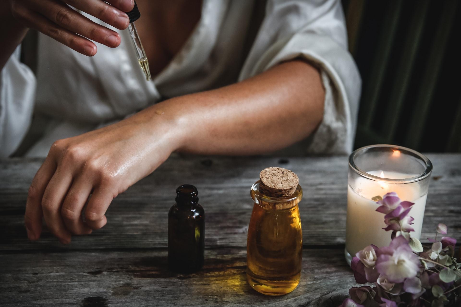najbolja-eterična-ulja-menopauza